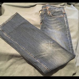 Lucky Brand Mid Rise Medium Wash Jeans Size 6